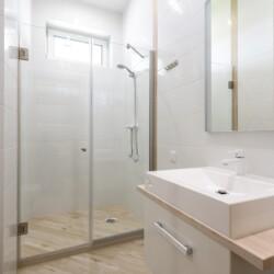 Price guid shower room